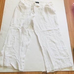 ‼️Lane Bryant White Linen Capris Pants‼️